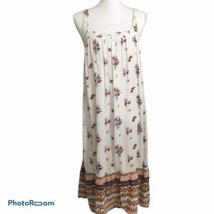 Old Navy sleeveless floral boho dress. Sz small